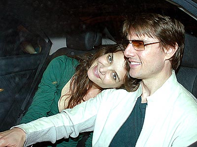 FASTEN YOUR SEATBELTS! photo | Katie Holmes, Tom Cruise