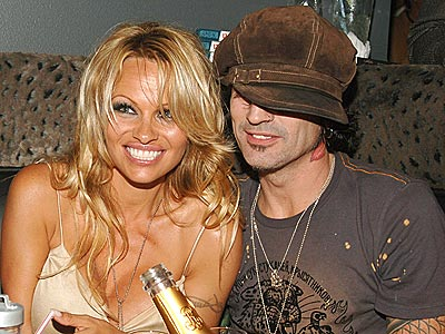 FRIENDLY REUNION photo | Pamela Anderson, Tommy Lee