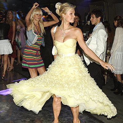 PARTY SCENE photo | Paris Hilton