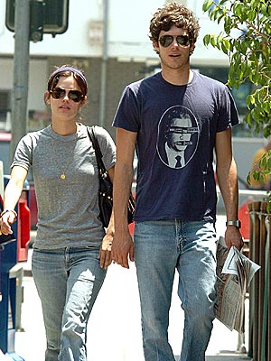 BACK TO WORK photo | Adam Brody, Rachel Bilson