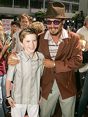 WONKA VISION photo | Freddie Highmore, Johnny Depp