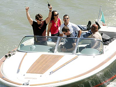 DOING THE CRUISE photo | Tom Cruise