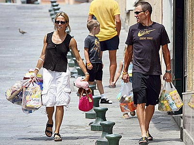 RETIREMENT PARTY photo | Lance Armstrong, Sheryl Crow