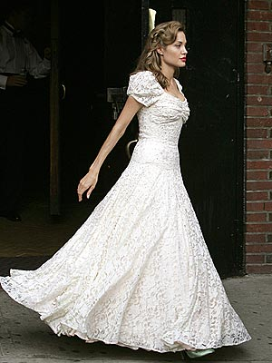 WEDDING BELLE photo Angelina Jolie Previous