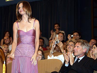 STANDING OVATION photo | Calista Flockhart, Harrison Ford