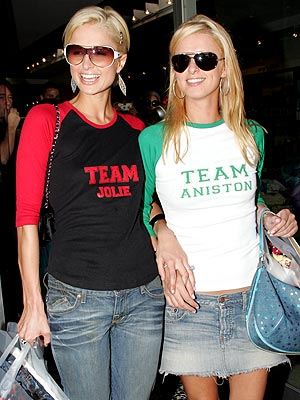 SIBLING RIVALRY photo | Nicky Hilton, Paris Hilton