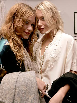 TOGETHER ... WHERE EVER  photo | Ashley Olsen, Mary-Kate Olsen