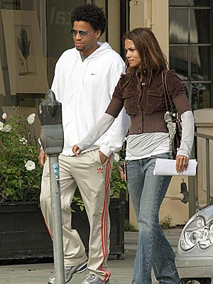COUPLE TIME photo | Halle Berry, Michael Ealy