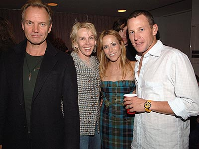 BACKSTAGE HUDDLE photo | Lance Armstrong, Sheryl Crow, Sting, Trudie Styler