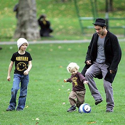 BALLPARK FIGURE photo | Jude Law