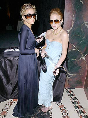 STYLE WATCHERS photo | Ashley Olsen, Mary-Kate Olsen