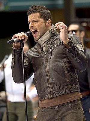 LIFE ONSTAGE photo | Ricky Martin
