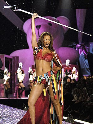 VICTORY MARCH photo | Tyra Banks