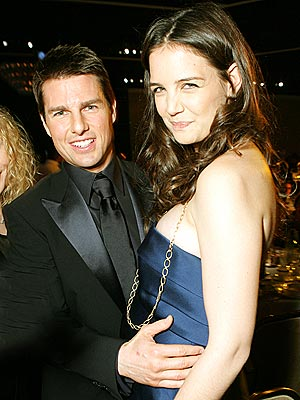 HANDS-ON HONEY photo | Katie Holmes, Tom Cruise