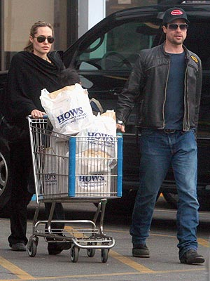A LA CART photo | Angelina Jolie, Brad Pitt