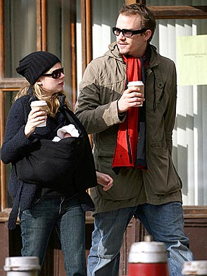 FAMILY OUTING photo | Heath Ledger, Michelle Williams