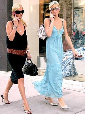 SPEED DIALERS photo | Nicky Hilton, Paris Hilton