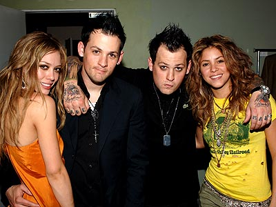 CLIQUE FOUR photo | Benji Madden, Hilary Duff, Joel Madden, Shakira