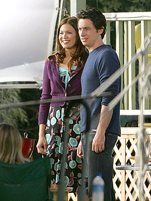 OFFICE ROMANCE photo | Mandy Moore, Zach Braff