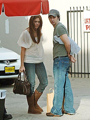 SHADY DUO photo | Mandy Moore, Zach Braff
