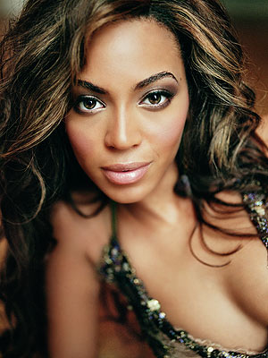Celebrity Females on See All Beyonc   Knowles Photos