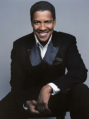 "The 62-year old son of father Reverend Denzel Hayes Washington, Sr. and mother Lennis ""Lynne"", 185 cm tall Denzel Washington in 2017 photo"