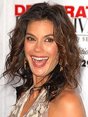 Teri Hatcher: Being a Mom is My Priority | Teri Hatcher