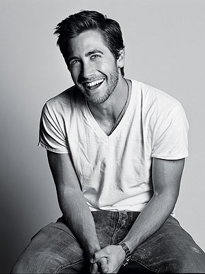 http://img2.timeinc.net/people/i/2006/features/magstories/060626/jake_gyllenhaal.jpg