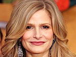 Kyra Sedgwick Juices Up with a Smoothie | Kyra Sedgwick