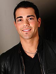 Jesse Metcalfe Says He Wants to Sing | Jesse Metcalfe