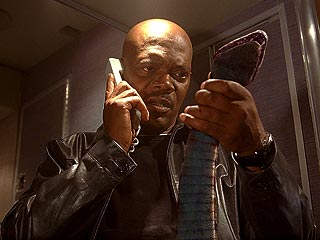 Movie Review: Snakes on a Plane | Samuel L. Jackson
