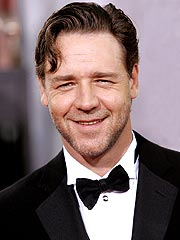 Russell Crowe Takes Heat for Smoking