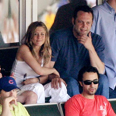 NO RING TO IT photo | Jennifer Aniston, Vince Vaughn