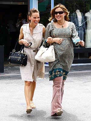 Photo of Hilary Swank & her friend actress  Mariska Hargitay - Teenage