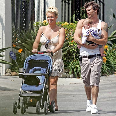JUNE 11  photo | Britney Spears, Kevin Federline