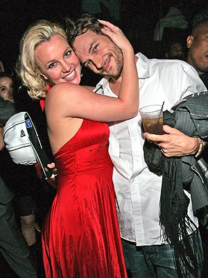 MARCH 25  photo | Britney Spears, Kevin Federline