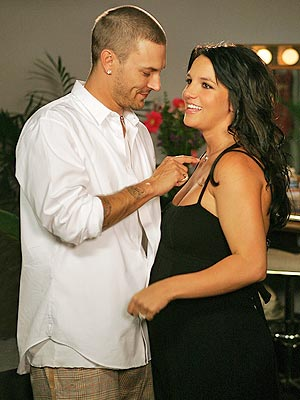 AUG. 9  photo | Britney Spears, Kevin Federline