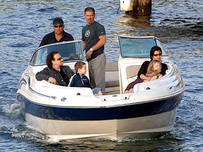 SYDNEY photo | Bono