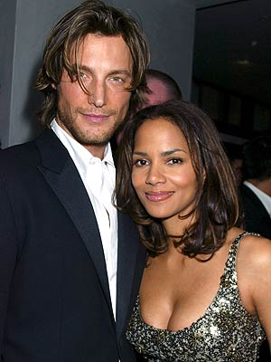 HALLE & GABRIEL photo | Gabriel Aubry, Halle Berry