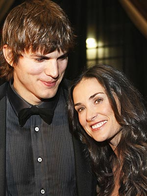 What is the age difference between Demi and husband Ashton Kutcher? | Ashton Kutcher, Demi Moore