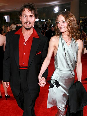 10. HIS LOVE FOR HIS LADY photo | Johnny Depp, Vanessa Paradis