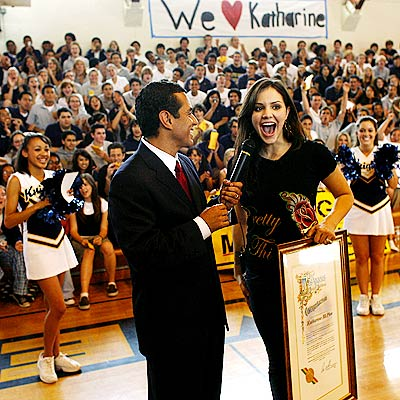 HOMECOMING QUEEN photo | Katharine McPhee