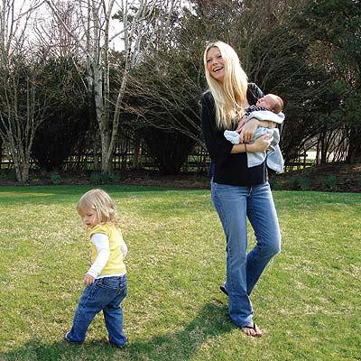 GWYNETH, APPLE & MOSES photo | Gwyneth Paltrow