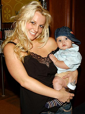 MAMA'S LITTLE BOY  photo | Britney Spears, Sean Preston Federline