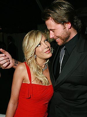 TORI & DEAN photo | Dean McDermott, Tori Spelling