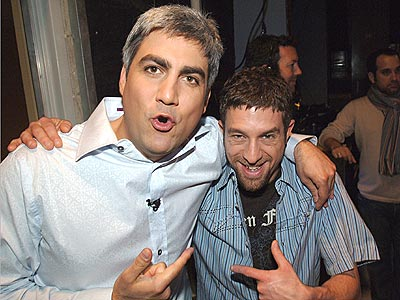 HE'S DA MAN! photo | Elliott Yamin, Taylor Hicks