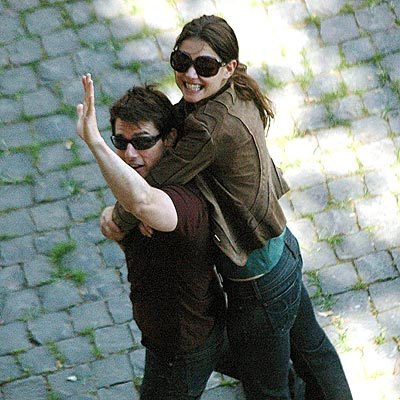 BRIGHT FUTURE photo | Katie Holmes, Tom Cruise