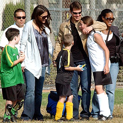 2. THEIR REGULAR SOCCER GAMES  photo | Katie Holmes, Tom Cruise