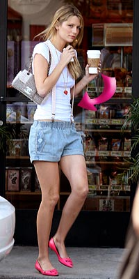 MISCHA&#39;S SUSPENDERS photo | Mischa Barton