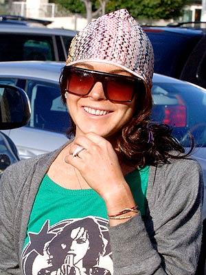 LINDSAY'S CAP photo | Lindsay Lohan